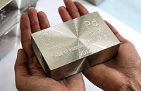 Прогноз: платина или палладий вырастет в 2018 г.?
