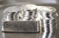 CPM Group: только кризис заставит расти цены на серебро