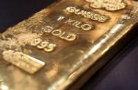 Аналитика: золото продолжает «бурить» сезонное дно